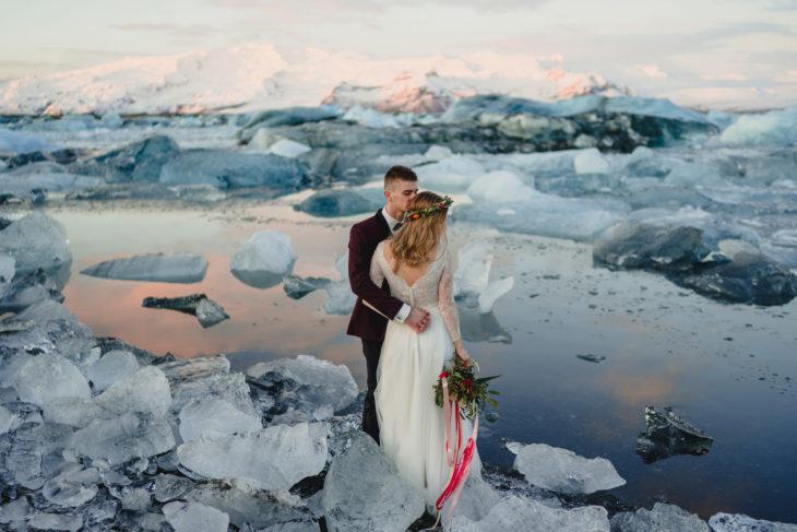 sesja slubna na islandii zima